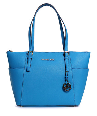 ac8731bf2df7 Discounts from the Michael Kors Handbags sale | SECRETSALES