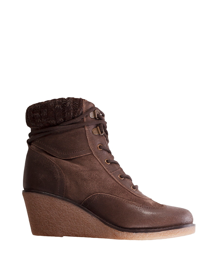 Free shipping BOTH ways on womens black leather wedge boots, from our vast selection of styles. Fast delivery, and 24/7/ real-person service with a .