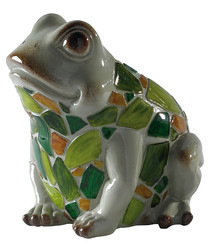 Image of Green resin solar powered frog light
