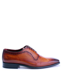 Tan leather perforated Oxford shoes