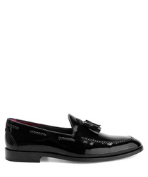 Black patent leather tassel deck shoes