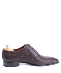 Brown leather snake-effect oxfords