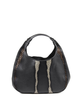 d5a8c1f67e Black leather woven stripe shoulder bag Sale - Bottega Veneta Sale
