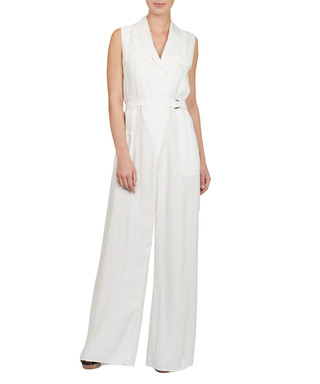 84e62c5a1a92 Discounts from the Amanda Wakeley sale