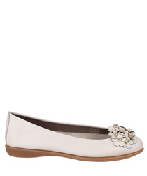 Miss Daisy off white leather flats