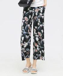 Black floral printed culottes