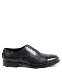 Dark grey leather textured lace-up shoes