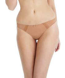 Juna nude thong