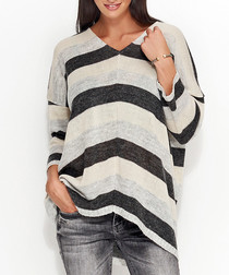 Graphite & beige V-neck jumper