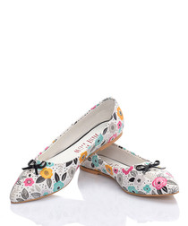 Multi-coloured flower bow pointed flats