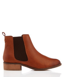 Storm tan leather Chelsea boots