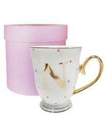Metallic gold letter N alphabet mug