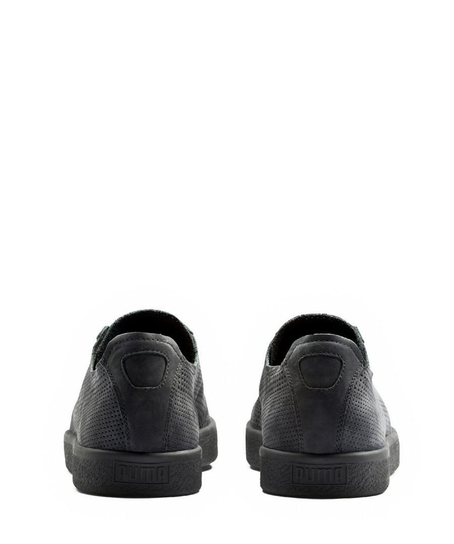 competitive price c52de 2bcce Discount Stampd Clyde black suede sneakers | SECRETSALES