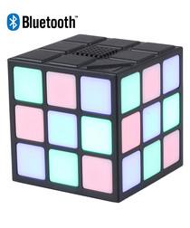 Green wireless cube bluetooth speaker