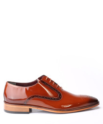 Tan patent leather Derby shoes