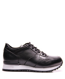 Black leather contrast sole sneakers