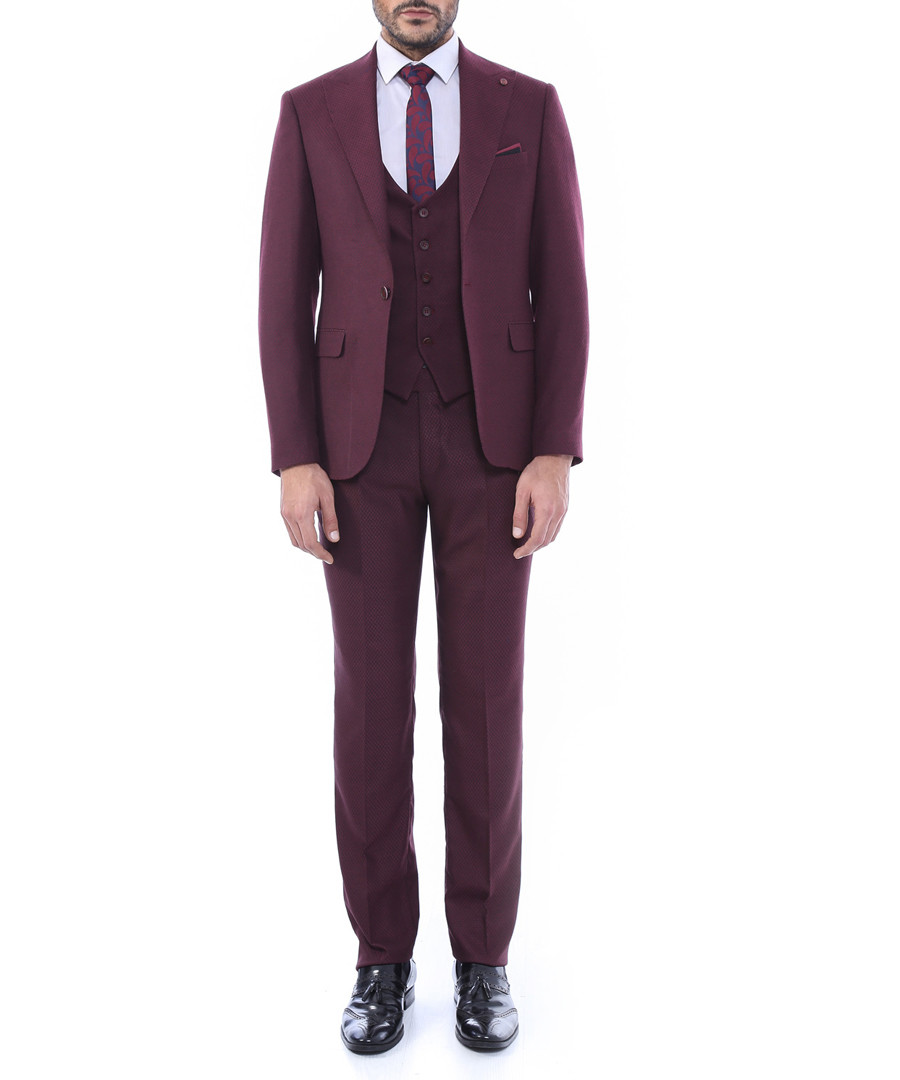 2pc burgundy single breasted suit  Sale - WSS WESSI MENSWEAR