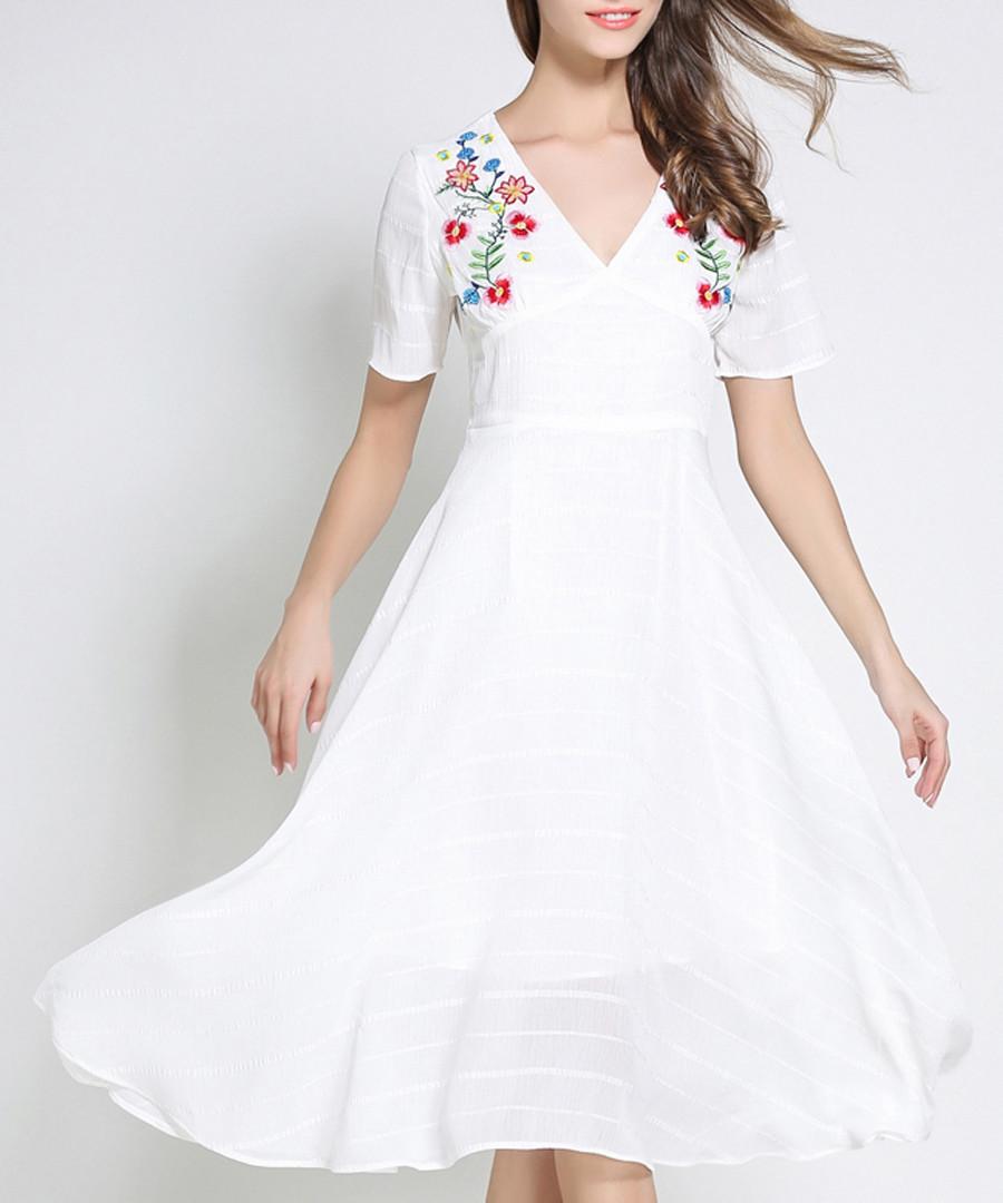 White floral v neck dress Sale - Kaimilan