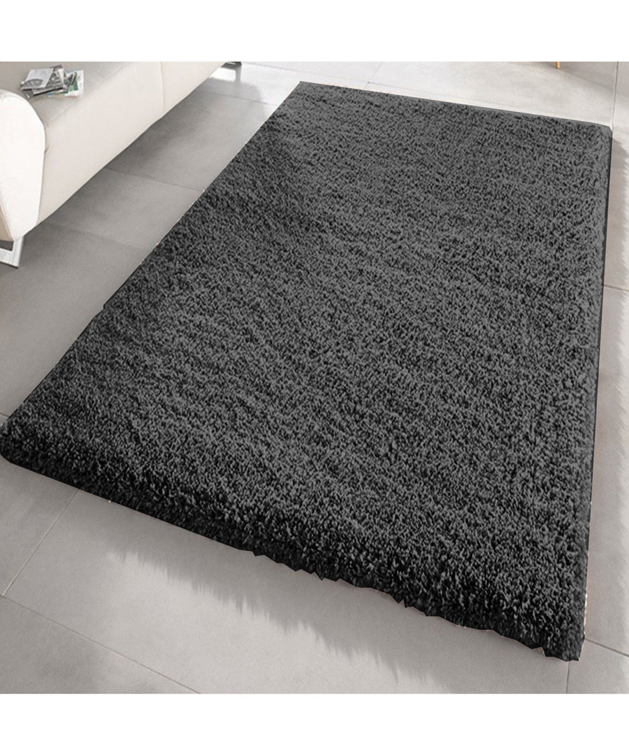 Black shaggy pile rug 120 x 170cm Sale - Funky Buys