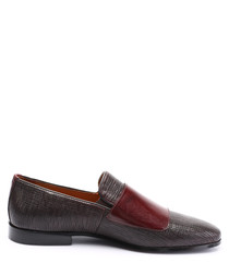 Bordeaux leather textured slip-on shoes
