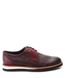 Bordeaux leather weave-effect shoes