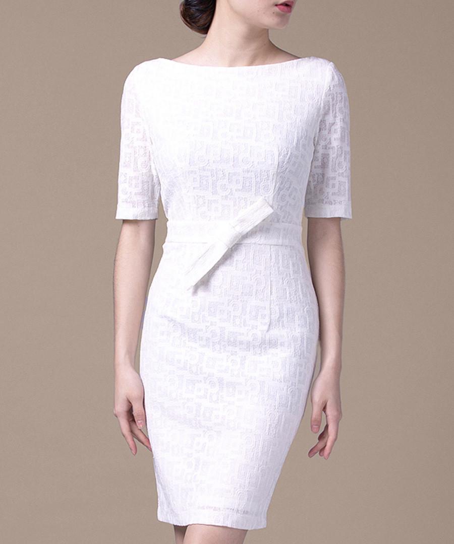 White bow detail short sleeve dress Sale - Vogue.Va