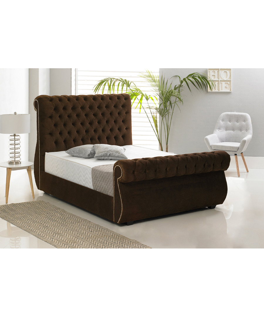 Brown deep buttoned king bed Sale - Chiswick