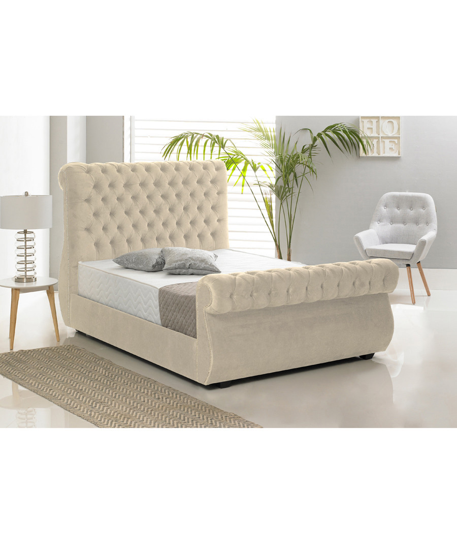 Cream deep buttoned king bed Sale - Chiswick