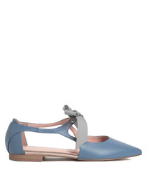 Blue leather point ribbon ballet flats