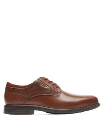 Tan leather lace-up shoes