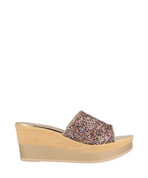 Multi-coloured textured wedges