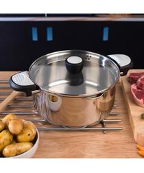 Lock & Pour steel casserole dish 24cm