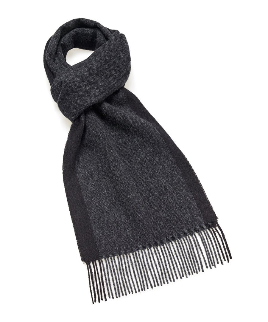 Dales charcoal lambswool scarf Sale - bronte