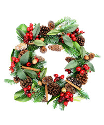 Green & red berries artificial wreath