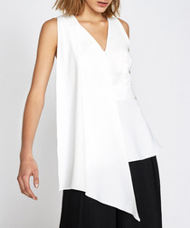 Mount ivory V-neck sleeveless blouse