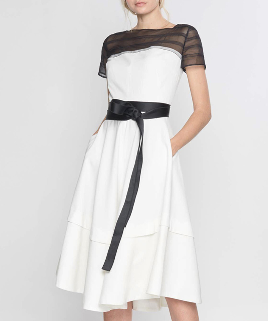 White & black short sleeve dress Sale - amanda wakeley