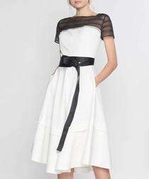 White & black short sleeve dress
