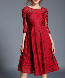 Scarlet lace 3/4 sleeve dress