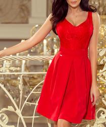 Red sleeveless plunge dress