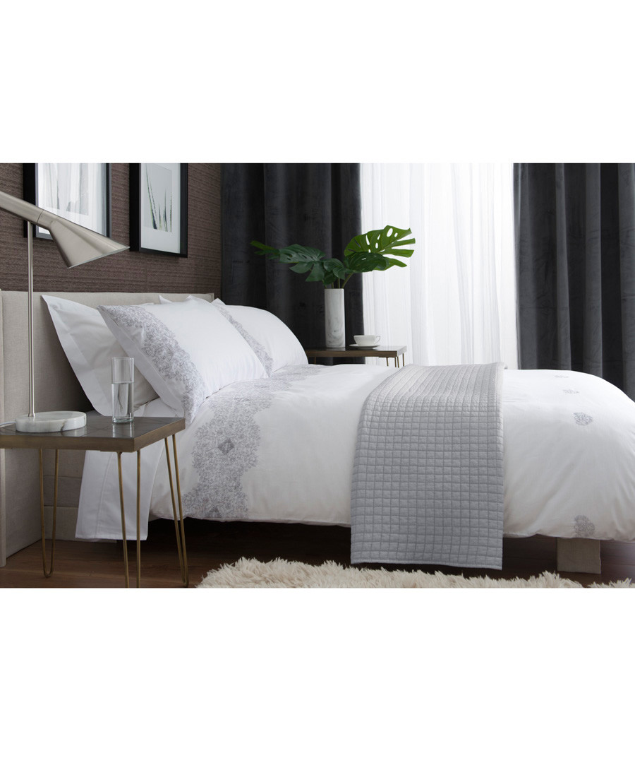 White & grey cotton double duvet set Sale - lyndon
