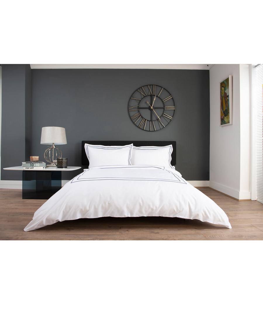 White & navy cotton double duvet set Sale - lyndon