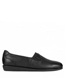 Toyama black leather slip-ons