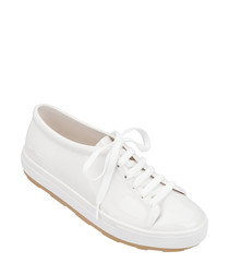 Be 20 white lace-up sneakers