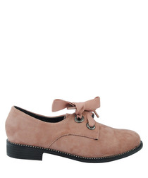 Dusty pink two-hole lace shoes