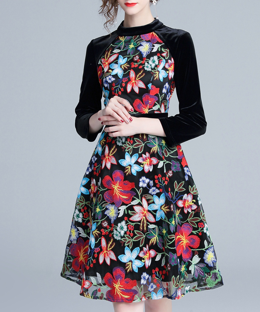 Black & floral 3/4 sleeve dress Sale - kaimilan