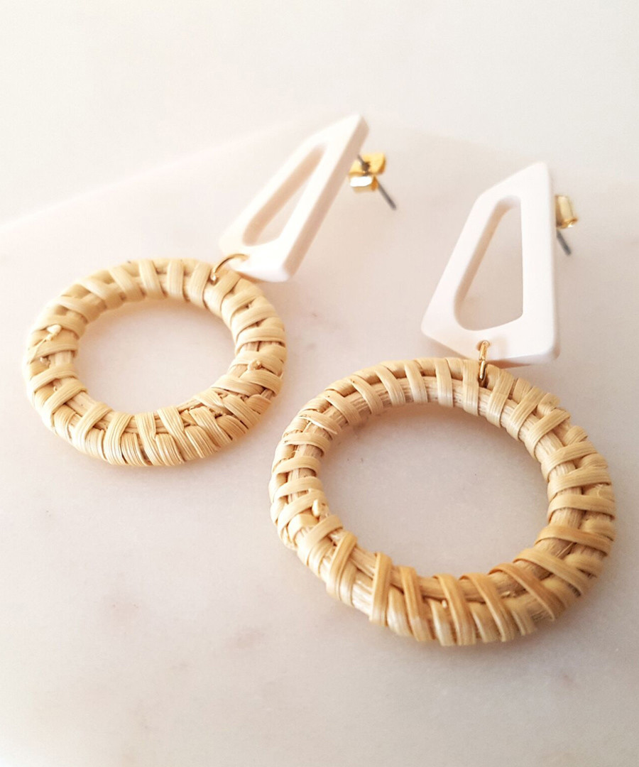 Natural resin & rattan wreath earrings Sale - fleur envy