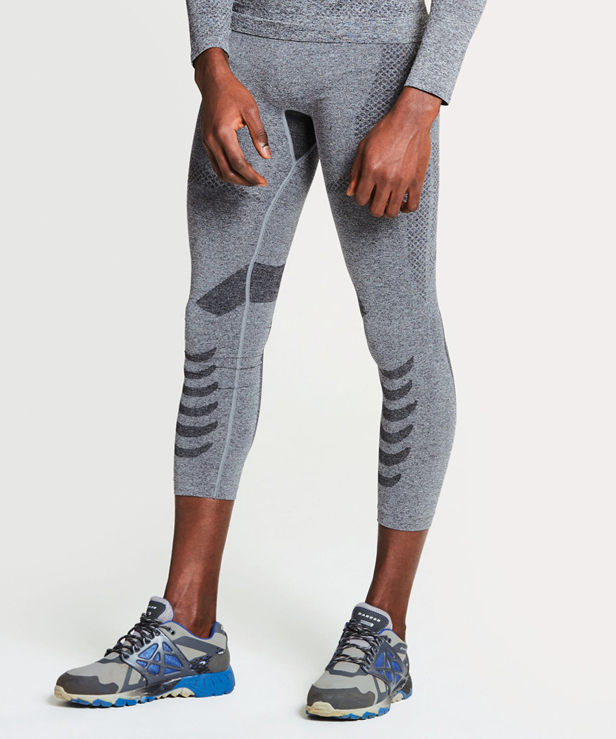 Charcoal base 3/4 leggings Sale - dare2b