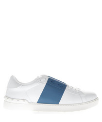 White & blue leather low-top sneakers