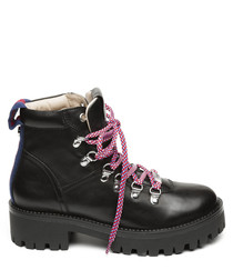 Boomer black leather & pink boots