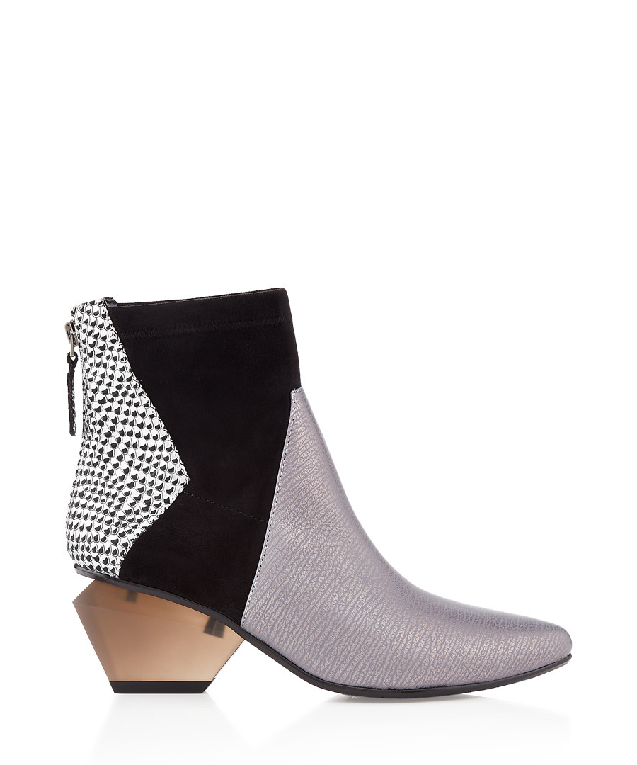 Greyscale panel cut-out ankle boots Sale - United Nude